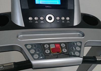 Life Fitness F3 03